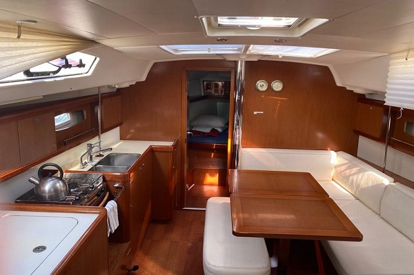Beneteau-Oceanis-40-Medsail-Malta-Yacht-Charter-Sailing-Interior-Saloon-Galley.jpg