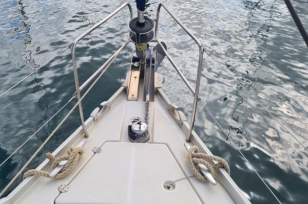 Beneteau-Oceanis-43.4-Moonspirit-Medsail-Malta-Yacht-Charters-Windlass.jpg