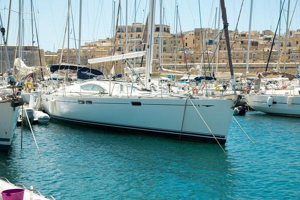 Jeanneau-54DS-Avalon-Medsail-Malta-Kalkara-Marina-Bow-View.jpg