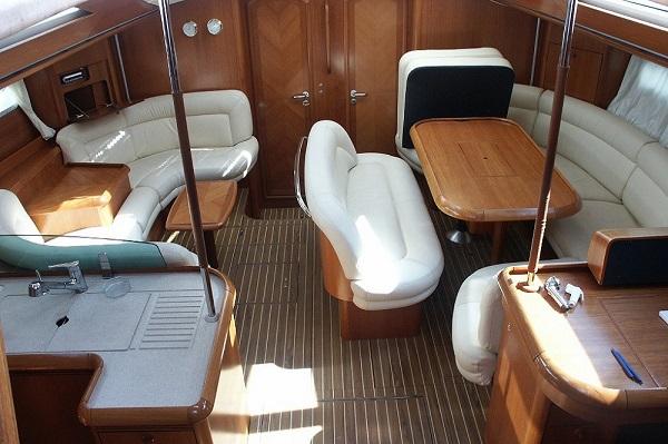 Jeanneau-54DS-Avalon-Medsail-Malta-Saloon-Kalkara-Marina.jpg