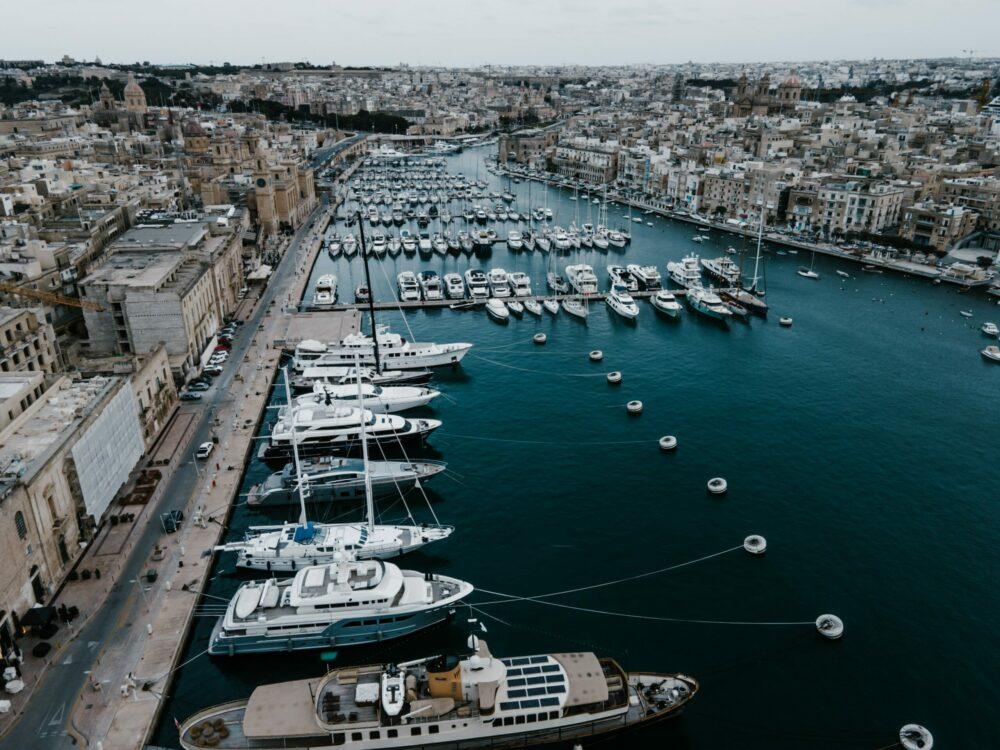 yachts in Birgu